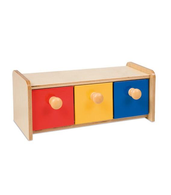 Krabička s farebnými zásuvkami
