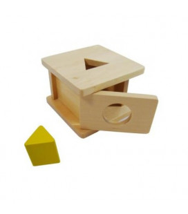 Krabička s trojbokým hranolom