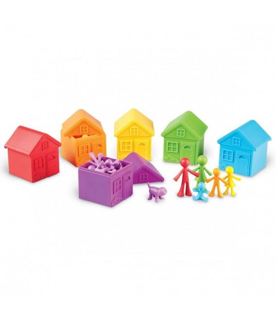 Farebné domčeky s rodinami